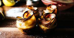 パーティーに華が咲く♪ミニアップルローズパイの作り方|i am a food blog by Stephanie Le / ARCH DAYS