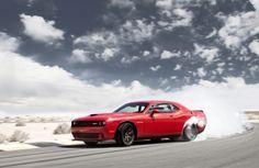 BÄMMM!!! 707 PS in einem Auto ab Werk. Damit mutiert der Dodge Challenger SRT Hellcat zum stärksten Musclecar der Welt. #doge #challenger #srt #hellcat #power #musclecar #speed