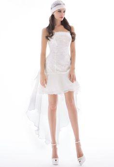 http://enmodagelinlik.com/2014-kisa-gelinlik-modelleri-3/ 2014 Kısa Gelinlik Modelleri; #GelinlikModelleri #Gelin #Wedding #Abiye #Tesettür #Düğün #Moda #Elbise #Damat #tesetturmodelleri  #Evlilik #Nişan