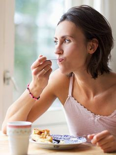 5 No-Diet Ways To Lose Weight:  Celery sticks and extreme dieting? Unnecessary. Solid research shows that a few everyday habits (and less exercise!) could be the key to losing weight easily, and without deprivation.