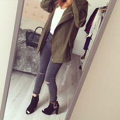 Ma couleur du moment le kaki ☺️ Retrouvez ce Look sur notre site outfitbook.fr veste-jean-bottines ✔️ Lien en Bio #Padgram