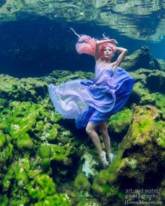 Photo: @artandwater_photography Dress: @melissa_kritsotakis Model: @hannahmermaid 'There are secret gardens I love to explore Far below the world on the watery floor Where are colors no man has seen before Hidden in an underwater treasure store.' Isaiah