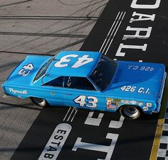 Old School Muscle Cars, Old Muscle Cars, Richard Petty, King Richard, Cool Old Cars, Old Race Cars, Vintage Race Car, Nascar Racing, Atvs