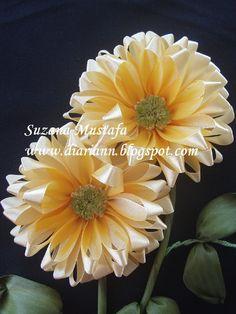Meu Mundo Craft: Flores em fita para aplicar  paper or ribbon ???