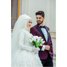 """2,977 Suka, 28 Komentar - Düğün Fotoğrafçısı Gökhan (@dugunfotografcisigokhan) di Instagram: """"' En tatlı çiftlerimizden ☘️ Emre & Ayşegül.. Fotoğrafı güzelleştiren unsurlar vardır. Tesettür…"""""""