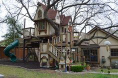 The most incredible tree house you'll ever see - includes several pictures of the charming interior!