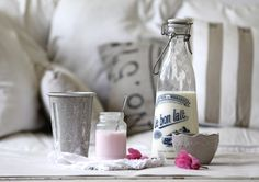 cottage shabby chic decorating ideas   ... Beach Cottage Treasuring Hunting & Shabby little French Chic Bowls