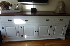 Pimped cabinet with Annie Sloan Old White