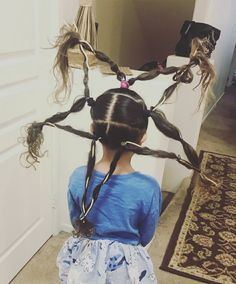 Crazy Hair Day Girls, Crazy Hair For Kids, Days For Girls, Crazy Hair Days, Whacky Hair Day, Wacky Hair, Red Ribbon Week, Christmas Hairstyles, Beach Hair