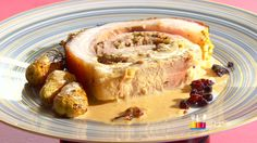 """- Plat / Viande - Anne Alassane vous propose son """"Porc farci croustillant"""" inspiré par la recette de Marc """"Farci en douelles""""."""