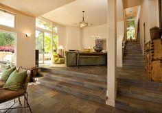 Schiefer Treppen und Fliesen verleihen einem Raum traditionelle Eleganz, mediterranen Charakter und wirken einladend, wohnlich und funktionell.   http://www.werk3-cs.de/schiefer-treppen