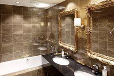 Haikon Kartanon kylpyhuone. Laatat ABL-Laatat #haikonkartano #kylpyhuone #laatat #ruskea #abl #abllaatat