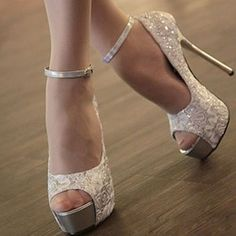 Lace Fabric Classical Ladylike Pumps White