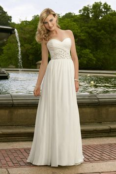Image from http://weddingneeds.xyz/wp-content/uploads/2015/08/casual-wedding-dress-ideas-casual-wedding-dress-fashion-and-wedding-ideas-pictures.jpg.
