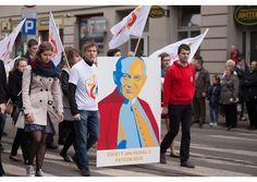 Estudiantes de comunicación serán voluntarios de la JMJ en Cracovia - Radio Vaticano
