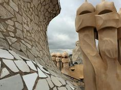 Schornsteine von Antonio Gaudi in Barcelona