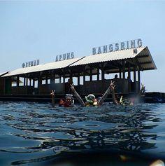 Gambar terkait Backpacker, Underwater, Opera House, National Parks, Building, Travel, Viajes, Under The Water, Buildings