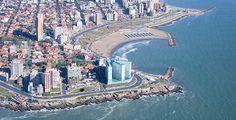 Mar del Plata es una ciudad argentina , en la parte sureste de la provincia de Buenos Aires, ubicado en la costa del Océano Atlántico. Es la cabecera del Partido de General Pueyrredón . Mar del Plata es la segunda ciudad más grande de la provincia de Buenos Aires .