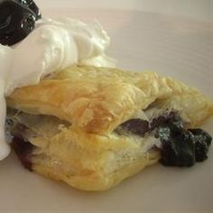 blackberry-puff-pastry-tarts