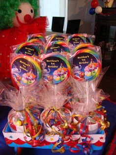 Favors from a Circus Party #circus #partyfavors the labels on these are ugly, but that can be fixed.