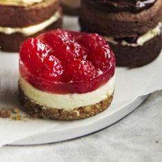 A Lakeland recipe for Mini Raspberry Cheesecakes, happy cooking! Party Desserts, Mini Desserts, Just Desserts, Dessert Recipes, Delicious Cake Recipes, Yummy Cakes, Sweet Recipes, Raspberry Cheesecake, Cheesecake Recipes