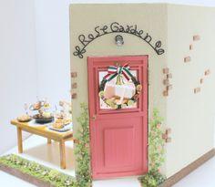 Strawberry Cafe Doll fresa