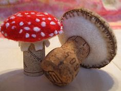 Wine cork Mushrooms - Wooly Fabulious ~ GREAT weddnig idea - stictch guests names into felt for place setting....