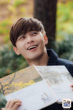 She Was Pretty: park seo joon W Kdrama, Kdrama Actors, Sung Joon, Ji Sung, Asian Actors, Korean Actors, K Pop, Hwang Jung Eum, Park Seo Joon