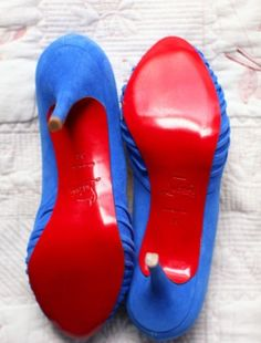 Store Shoes with One Facing Forwards and the Other Facing Backwards