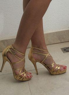 Gold shoes www.glitterchampagne.com