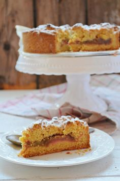 Kruche ciasto z pieczonym rabarbarem