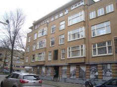 Op zoek naar een woning met veel kamers, vlakbij Zuidplein, op de rand van het Millinxpark? Zoek niet verder, dit is de ideale woning voor jou!