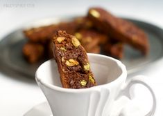 Delicious and easy Paleo Chocolate Pistachio Biscotti recipe made with almond and coconut flours. Gluten Free Treats, Gluten Free Desserts, Healthy Treats, Healthy Desserts, Paleo Sweets, Paleo Dessert, Dessert Recipes, Pistachio Dessert, Pistachio Biscotti