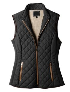 Lightweight Quilted Puffer Jacket Vest with Pockets - Women Puffer Jackets - Ideas of Women Puffer Jackets - Hacer chaleco con la capota de la jackie mismos bolsillos con cremallera y cachos Puffy Jacket, Vest Jacket, Fall Winter Outfits, Autumn Winter Fashion, Winter Vest, Gilet Jeans, Quilted Vest, Look Cool, Moda Femenina