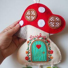 This custom wall decor I made is my favorite craft project so far 💖 . . #makingpeoplehappy #thecraftdesk #mushroom #mushroomcottage #mushroomhouse #fairytale #fairycottage #cottage #house #details #closeup #handstich #embrodiery #flower #leaf #felt #craft #feltcraft #walldecor #feltdecoration #handmade #handcrafted #handsewn #custommade #craftproject #feltwalldecor #giftforkids #makersgonnamake