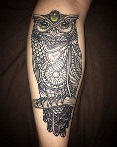 Awesome healed shot of this custom mosaic owl done a few months ago - sent in from my client Nina! #tattoo #ink #newzealandtattoo #shipshapetattoo @shipshapetattoo #dotwork #owl #mosaicflow