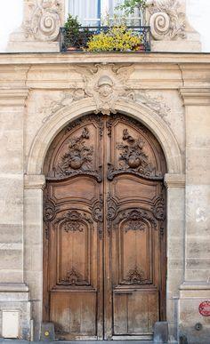 Vintage Doors, Antique Doors, Medieval Door, Art Du Monde, Apartment Door, Cool Doors, Paris Photography, Entrance Doors, Front Doors