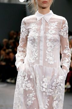 Erdem Spring 2014. Wish I could wear white like this.. as an artist.. paint would be all over it.