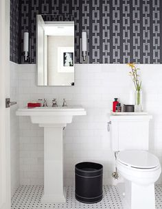 Cool white, black & gray bathroom with chain wallpaper