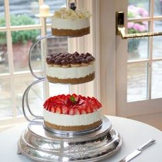 11 Yummy Wedding Cheesecake Ideas to Upgrade Your Dessert Bar - Alternative Wedding Cakes, Wedding Cake Alternatives, Cupcakes, Cupcake Cakes, Dessert Bars, Dessert Table, Cheesecake Wedding Cake, Layer Cheesecake, Naked Cake