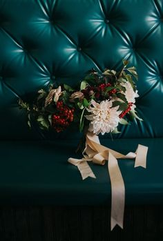 Vintage fall inspired wedding floral design | Amber Vickery Photography