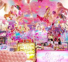 El 'Unicorn Cafe' de Bangkok: azúcar unicornios y ponis Unicorn Cafe, Unicorn Rooms, Unicorn Room Decor, Baby Unicorn, Rainbow Unicorn, Birthday Party For Teens, Minnie Birthday, Rustic Coffee Shop, Unicorn Wallpaper Cute