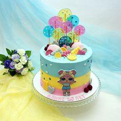Chocolate and ricotta cake - HQ Recipes Mini Mouse Birthday Cake, Funny Birthday Cakes, Birthday Cake Girls, Drip Cakes, Baby Cakes, Lol Doll Cake, Lollipop Cake, Chocolate Hazelnut Cake, Surprise Cake