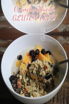 This Gluten Free Crunchy Muesli is awesome! It's so tasty and so good for you! You'll be full for ages thanks to the good fats keeping you fueled! Gluten Free Granola, Good Fats, Muesli, Gluten Free Baking, Oatmeal, Healthy Eating, Tasty, Favorite Recipes, Healthy Recipes