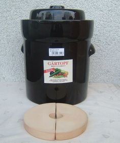 Salt Glazed Veg Crock/Sauerkraut Pot (Various sizes and colours) Glazed Vegetables, Types Of Vegetables, Healthy Vegetables, Making Sauerkraut, Pickled Fruit, Types Of Cabbage, Fermentation Crock, Kombucha How To Make