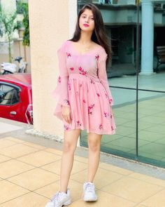 She is looking so pretty In this dress Beautiful Girl Photo, Cute Girl Photo, Beautiful Girl Indian, Beautiful Indian Actress, Beautiful Images, Cute Girl Poses, Girl Photo Poses, Stylish Girls Photos, Stylish Girl Pic