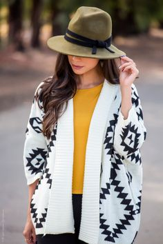 An Oversized Aztec Cardigan Outfit - Visit Stylishlyme.com for more outfit inspiration and style tips