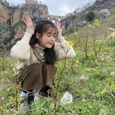 IU poses in front of the Puente Nuevo bridge, sharing her vacation photos from Spain K Pop, Iu Twitter, Cool Girl, My Girl, Iu Fashion, Korean Actresses, Korean Actors, K Idols, Korean Singer