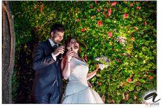 Hotel Palau Lo MIrador a Torroella de Montgrí. Momentos únicos durante la entrada al convite. Increíble!  #artjesiel #weddingday #weddinglights #weddingphotography #weddingphotographer #weddingphotograph #weddingphotos #beautifulday #bestwedding #lovestory #wedding #barcelona #spain #bodas #portrait #photographer #photobook