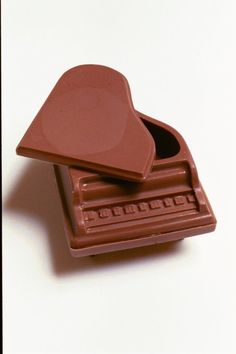 Chocolate Piano for music lovers